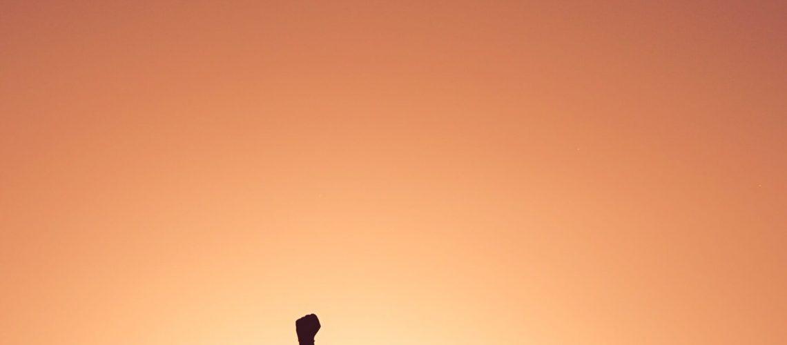 silhouette of personr